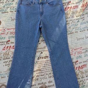 No Boundaries Mid Rise Bootcut Jeans - Size 11